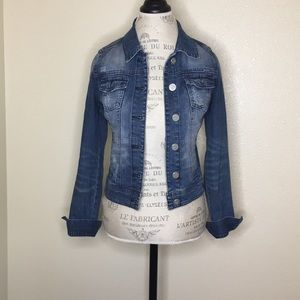 Indigo Rein Small Distressed Jean Jacket Buttons